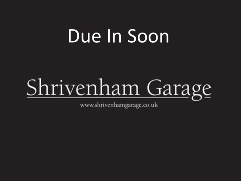 used Land Rover Discovery SDV6 COMMERCIAL XS in shrivenham