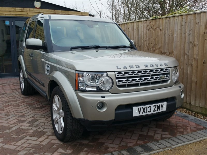 used Land Rover Discovery 4 SDV6 HSE 7 Seater in shrivenham