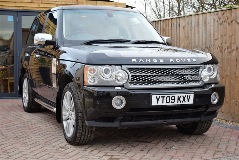 used Land Rover Range Rover TDV8 VOGUE in shrivenham