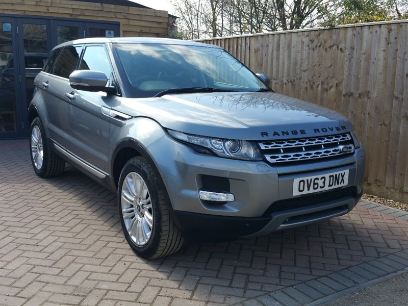 used Land Rover Range Rover Evoque SD4 PRESTIGE LUX in shrivenham