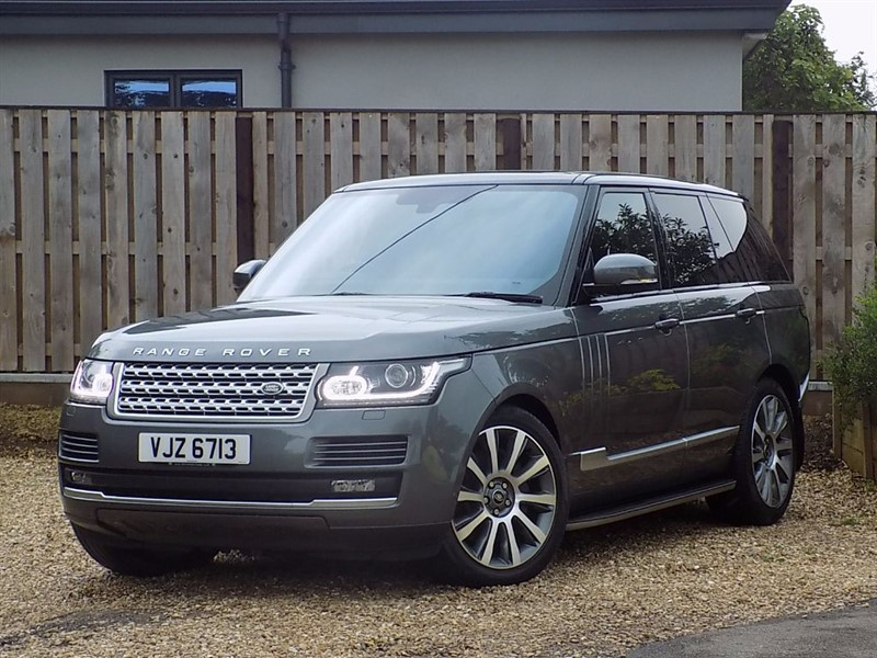 used Land Rover Range Rover SDV8 VOGUE in shrivenham
