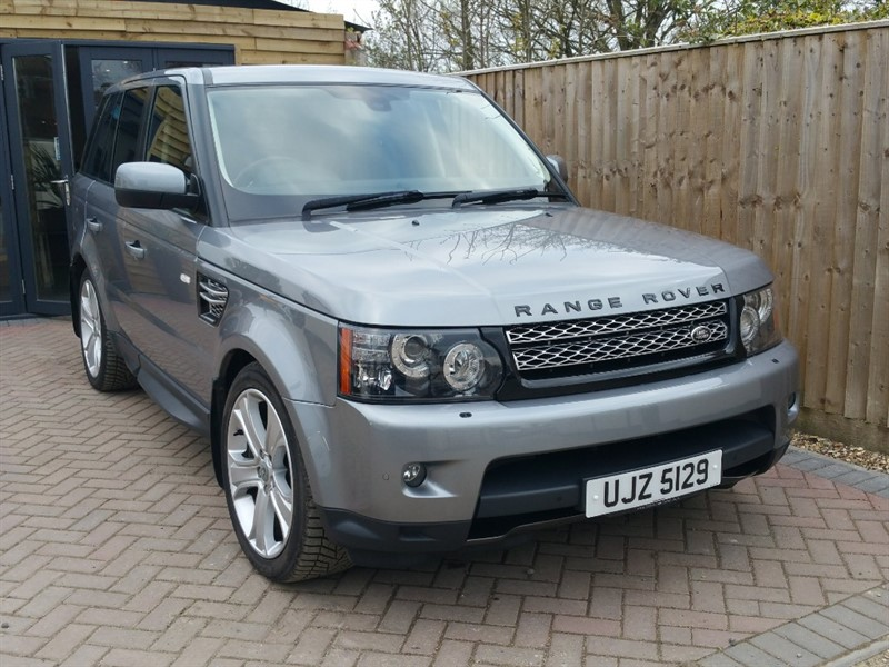 used Land Rover Range Rover Sport SDV6 HSE BLACK in shrivenham