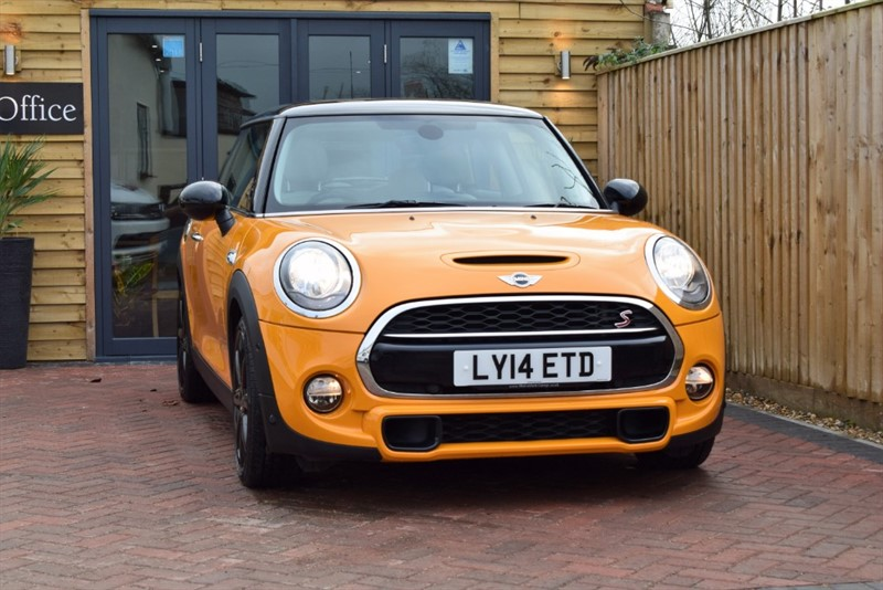 used MINI  COOPER S - £7K of options in shrivenham