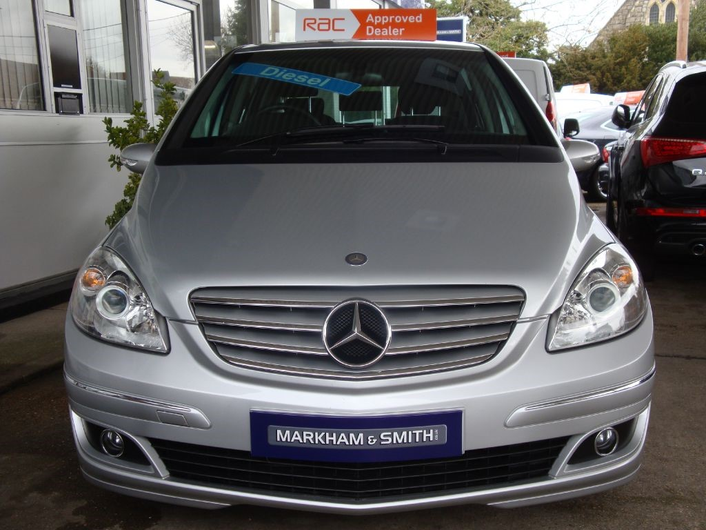 used silver mercedes b180 cdi for sale essex. Black Bedroom Furniture Sets. Home Design Ideas