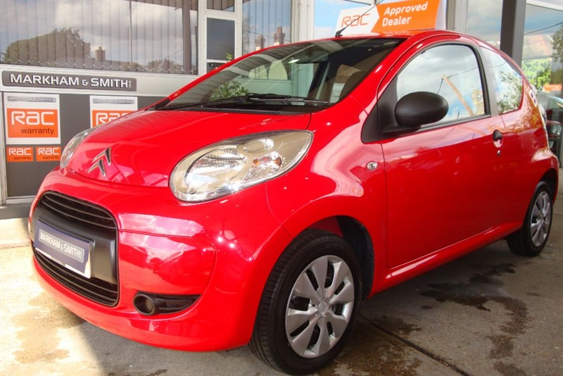 used Citroen C1 VTR PLUS 3dr  in Red Look just 22,878 From New +++++ FSH 5 Stamps in witham-essex