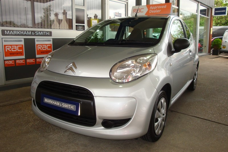 used Citroen C1 VTR 5 service stamps plus 3 invoices for services and MOT + Spare key in witham-essex