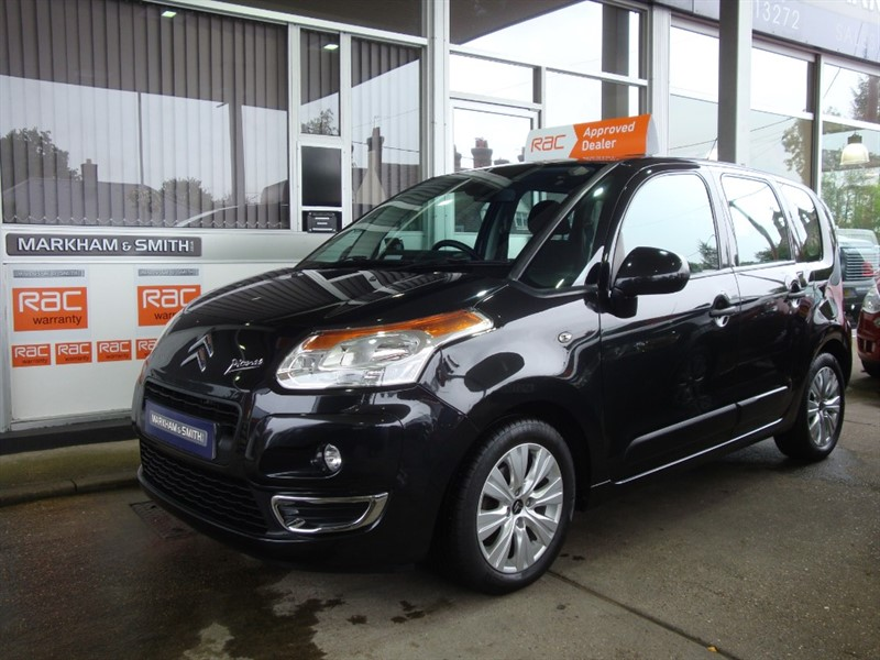 used Citroen C3 HDI CONNEXION PICASSO FACTORY FITTED (SAT NAV ),REVERSE CAMERA FULL SERVICE HISTORY 9 STAMPS in witham-essex