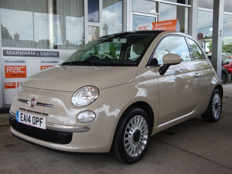 used Fiat 500 LOUNGE ONE MISS...... FROM NEW  LOW MILEAGE 14,245 FSH & JUST SERVICED TOO  in witham-essex