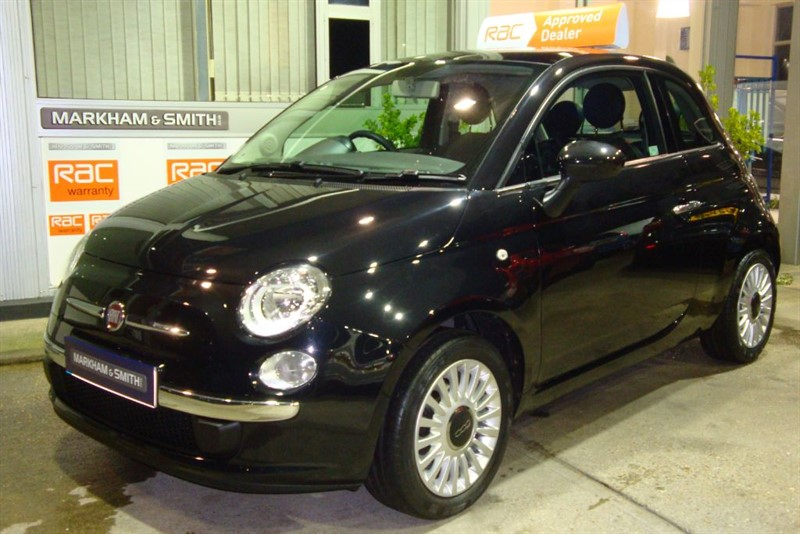 used Fiat 500 LOUNGE 1 Miss...... from new  ONLY 20,468  Finished in gloss black stunning in witham-essex