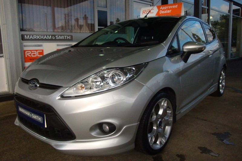 used Ford Fiesta ZETEC S Low miles 34,649 Very Original car with Full Ford Main Dealer Service History 7 Stamps in witham-essex