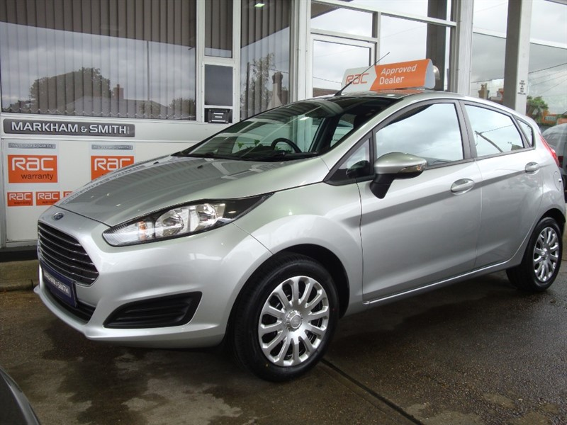 used Ford Fiesta STYLE Just had full service new tyres + new brakes in witham-essex