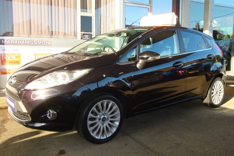 used Ford Fiesta TITANIUM 1.4   43,587 Full Gates Ford Service History 8 Stamps in witham-essex