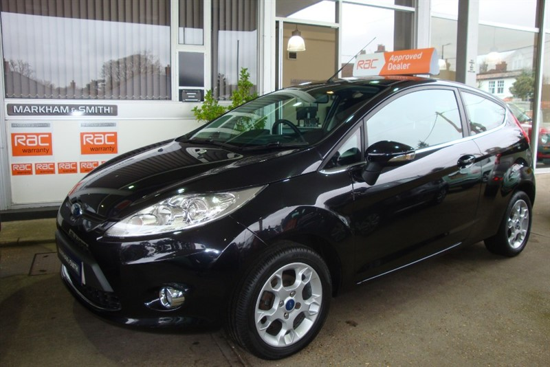 used Ford Fiesta ZETEC 46,436 FROM NEW ,FINISHED IN PANTHER BLACK in witham-essex