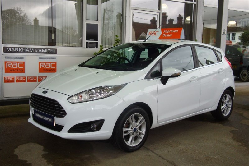 used Ford Fiesta ZETEC 1.6 Powershift  Automatic  Low Mileage 15,058 lady owners 2 White     in witham-essex