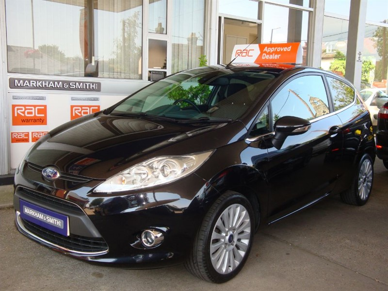 used Ford Fiesta TITANIUM Automatic  3dr Finished in Panther Black just 46,276  only 2 owner in witham-essex