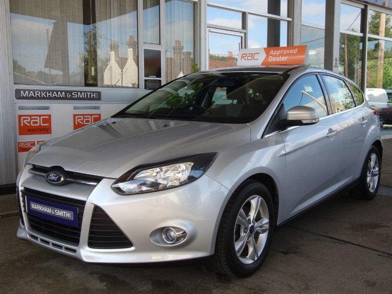 used Ford Focus ZETEC 2 Owner car Low Mileage 40,223 Full Ford Main Dealer Service History in witham-essex