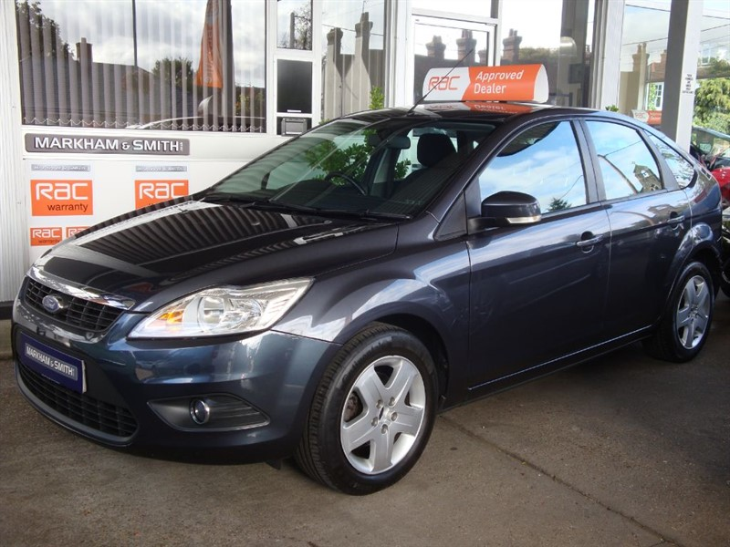 used Ford Focus STYLE 5DR 56,483 FSH (FORD MAIN DEALER (GATES & LOOKERS FORD) 10  STAMPS in witham-essex