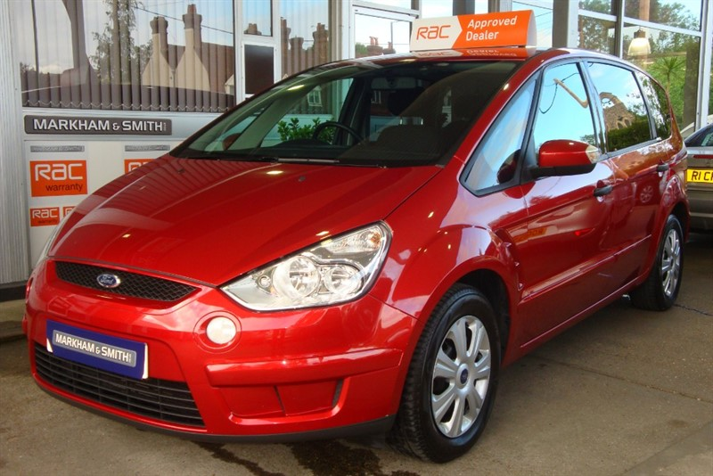 used Ford S-Max EDGE TDCI 1.8 FULL MAIN AGENT LOOKERS FORD SERVICE HISTORY 9 STAMPS & JUST SERVICED in witham-essex