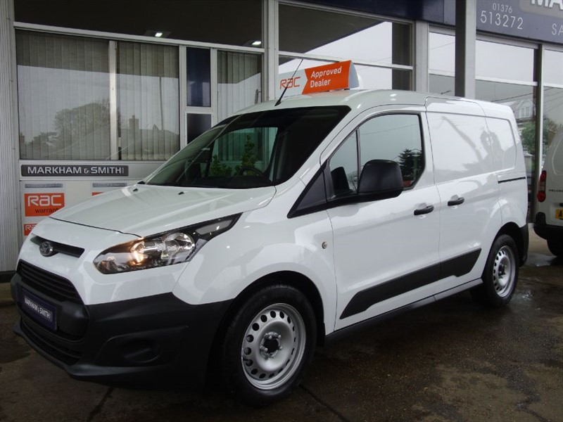 used Ford Transit Connect 200 P/V One Company Owned From New (Bussey) FSH  2 stamps + Jan 2019 MOT ++ in witham-essex