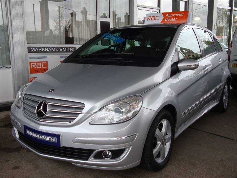 used Mercedes B180 CDI SE  Auto Electric Folding Wing Mirrors + Full Service History  Stamps   in witham-essex