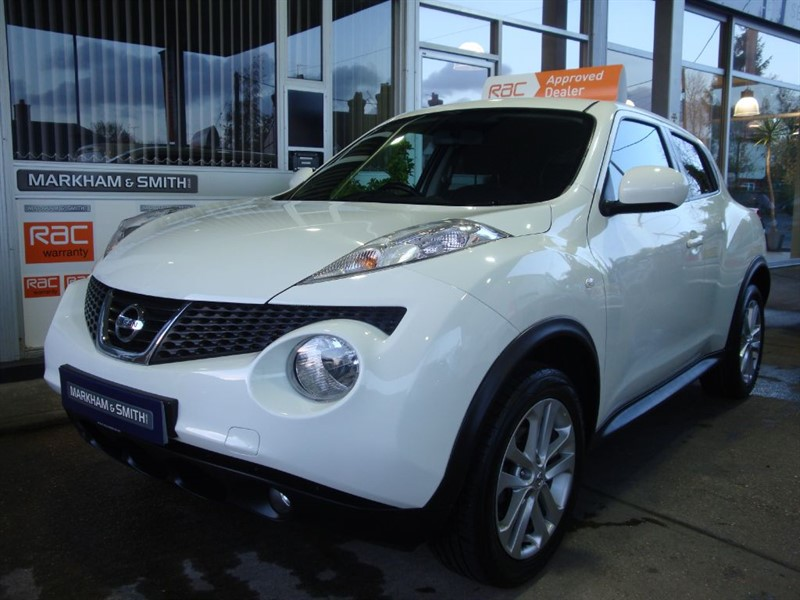 used Nissan Juke ACENTA PREMIUM 2 Owners 57,694 Glyn Hopkin servive history 6 stamps in witham-essex