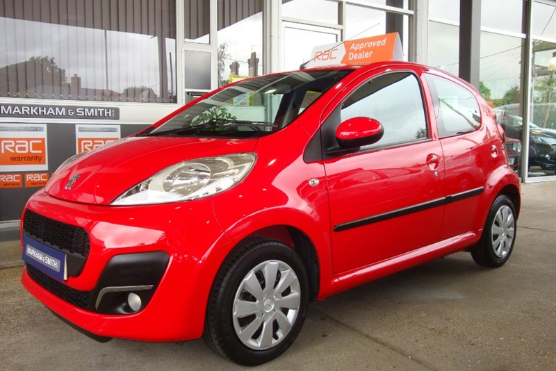 used Peugeot 107 ACTIVE Super low miles + Free Road Tax Model  +++++ 2 Owner  Car Full Peugeot Main Dealer (Busseys) in witham-essex