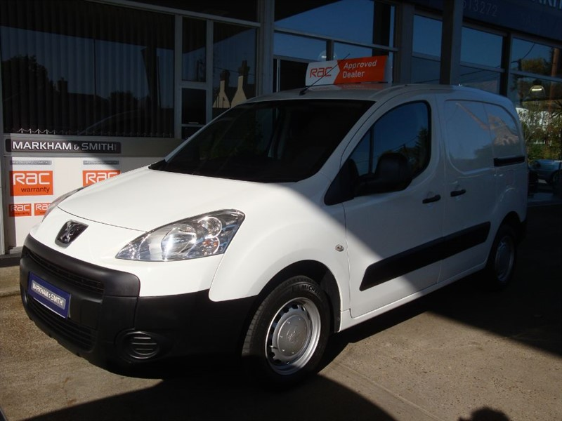 used Peugeot Partner HDI S L1 850 2 owner van FSH Timing Belt + Water Pump Changed 15/2/18 in witham-essex