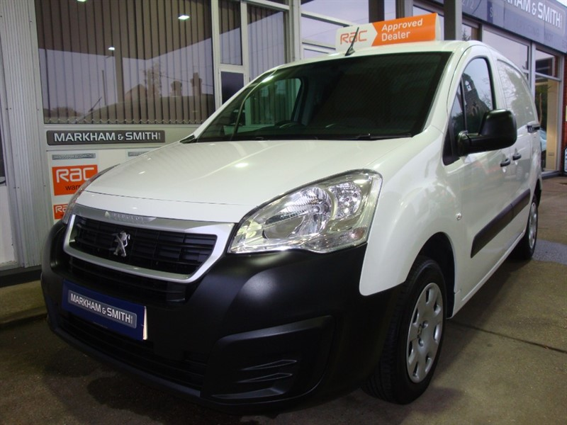 used Peugeot Partner BLUE HDI PROFESSIONAL L1    One Owner  (Peugeot) 73,168 in witham-essex