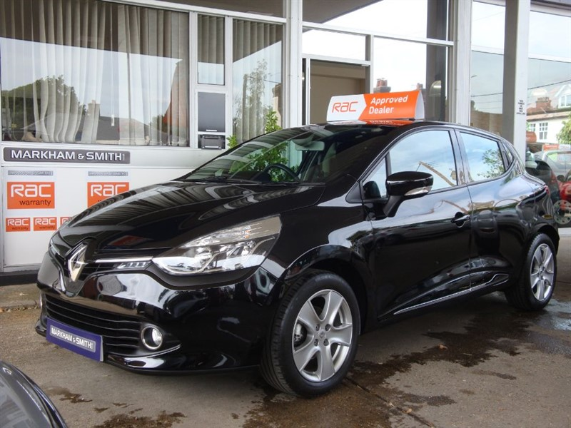 used Renault Clio DYNAMIQUE NAV 16V Just 15,214 From New  2 owner car Full Service History in witham-essex