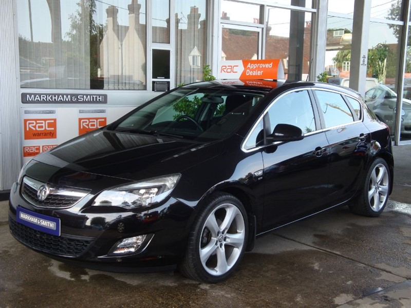 used Vauxhall Astra SRI 1.6 5DR 56,742  Service History  6 stamps in the book 19'' Alloys in witham-essex