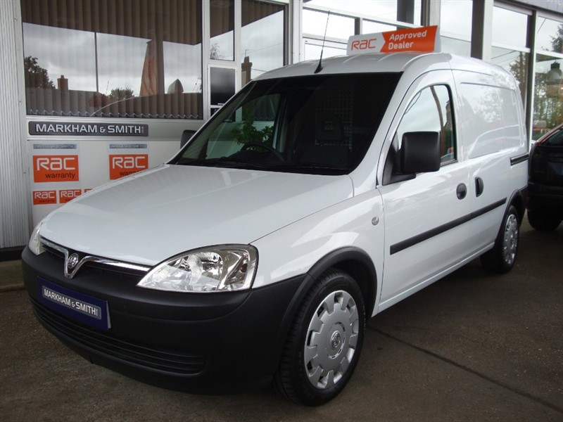 used Vauxhall Combo 2000 CDTI One Owner (BT) Low mileage 47,777  +  New 12 Months MOT TEST in witham-essex