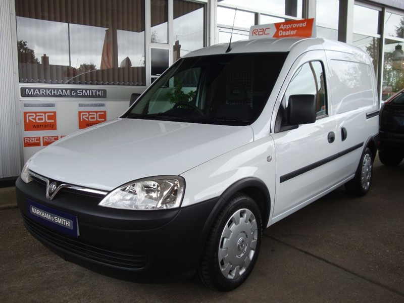 used Vauxhall Combo 2000 CDTI One Owner (Met Police) low 32,284 from new MOT 5/6/19 FSH print in witham-essex