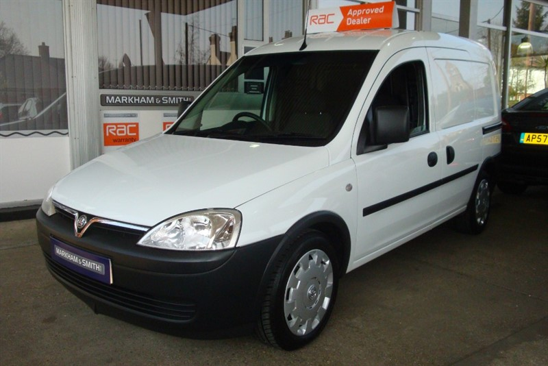 used Vauxhall Combo 2000 CDTI SUPER LOW MILES 30,276 FULL BT SERVICE HISTORY in witham-essex