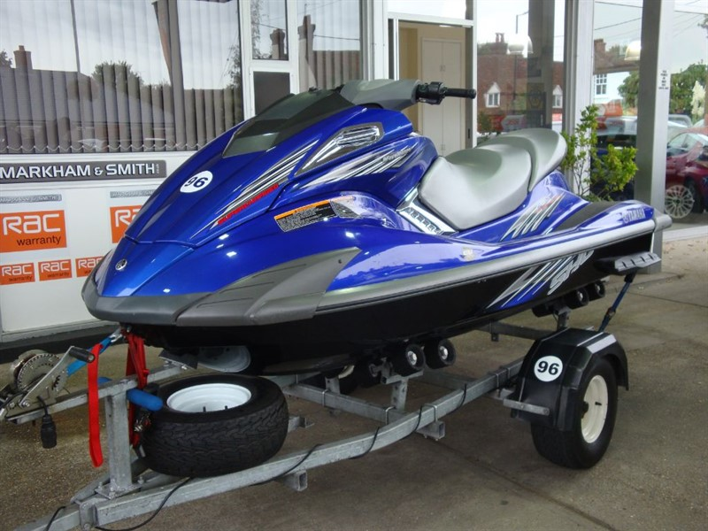 used Yamaha  FX-SHO 1800 SUPERCHARGED +++ LOW HOURS 75 HOURS ONLY ++++ AMAZING CONDITION in witham-essex