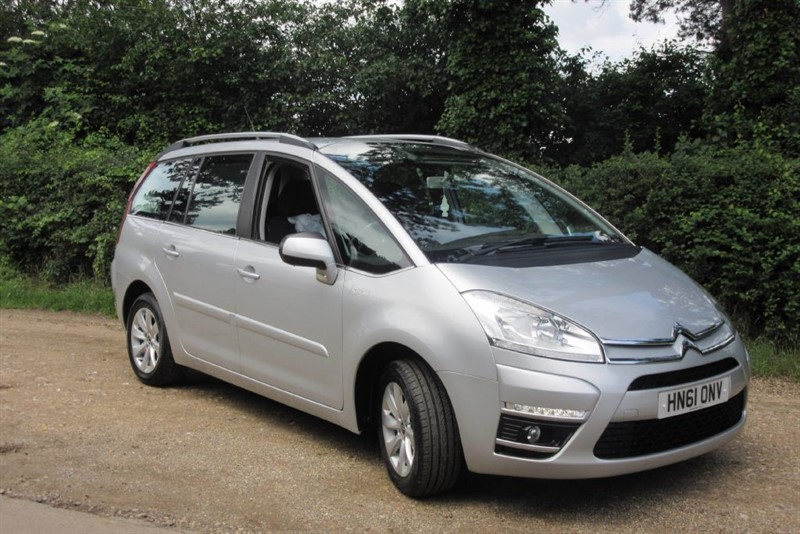 used Citroen C4 Picasso GRAND VTR PLUS HDI in Newmarket-Suffolk
