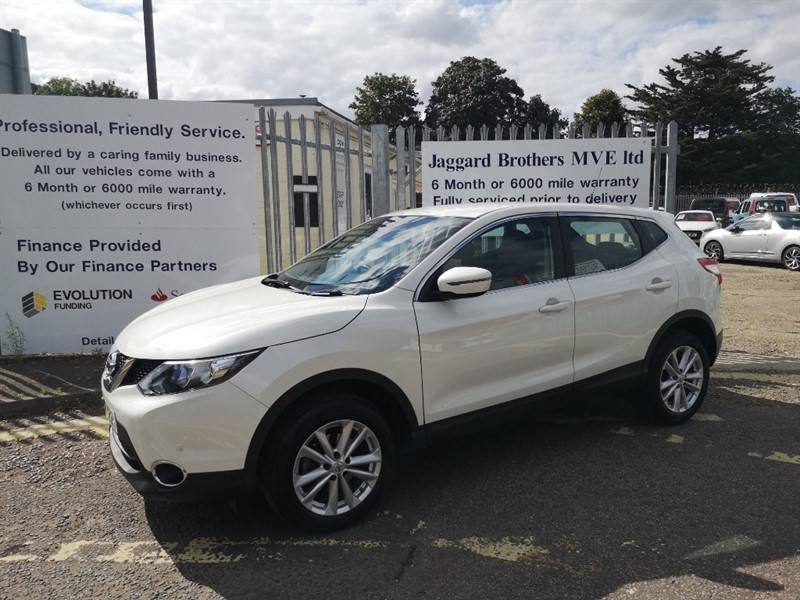 used Nissan Qashqai DCI ACENTA SMART VISION in Newmarket-Suffolk