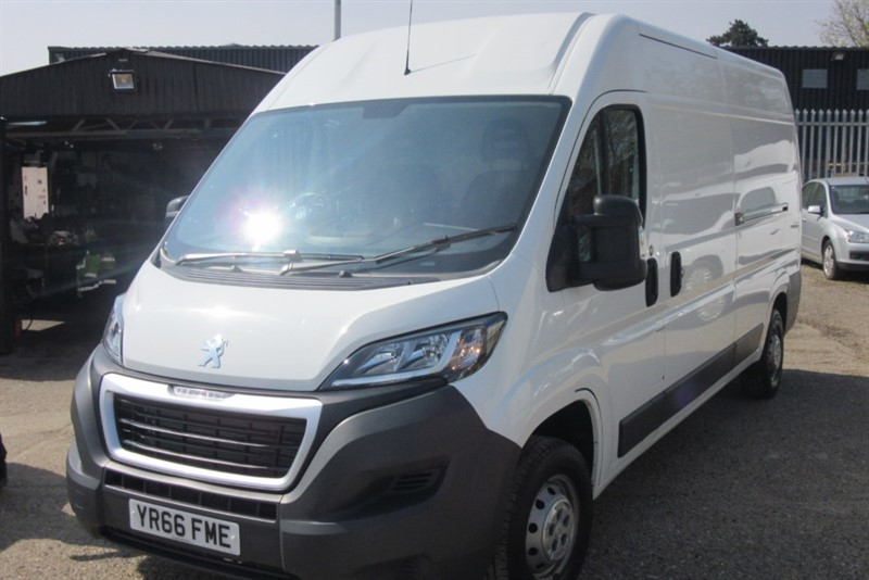 used Peugeot Boxer BLUE HDI 335 L3H2 PROFESSIONAL P/V in Newmarket-Suffolk