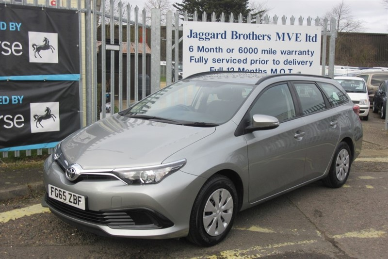 used Toyota Auris D-4D ACTIVE TOURING SPORTS in Newmarket-Suffolk