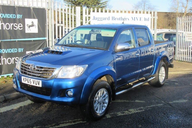 used Toyota Hilux INVINCIBLE 4X4 D-4D DCB in Newmarket-Suffolk