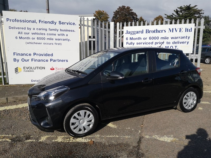 used Toyota Yaris VVT-I ACTIVE in Newmarket-Suffolk