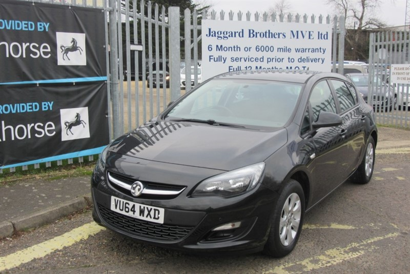 used Vauxhall Astra DESIGN CDTI ECOFLEX S/S in Newmarket-Suffolk