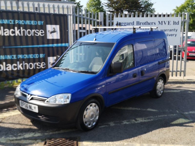 used Vauxhall Combo 2000 CDTI in Newmarket-Suffolk