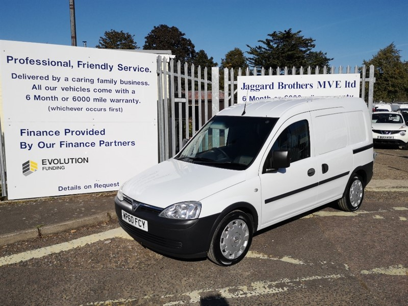 used Vauxhall Combo 2000 CDTI A/C in Newmarket-Suffolk