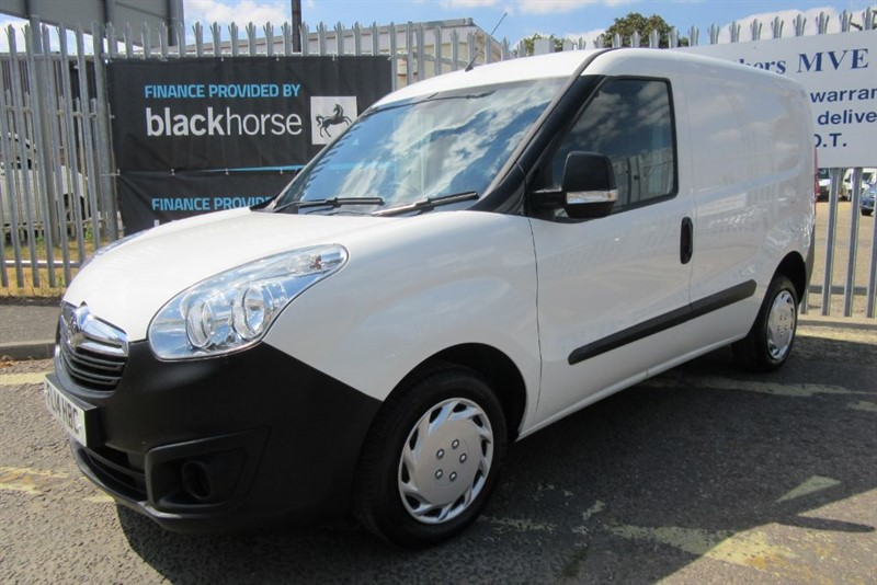 used Vauxhall Combo 2000 L1H1 CDTI S/S in Newmarket-Suffolk