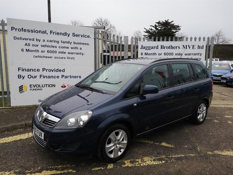 used Vauxhall Zafira EXCLUSIV NAV in Newmarket-Suffolk