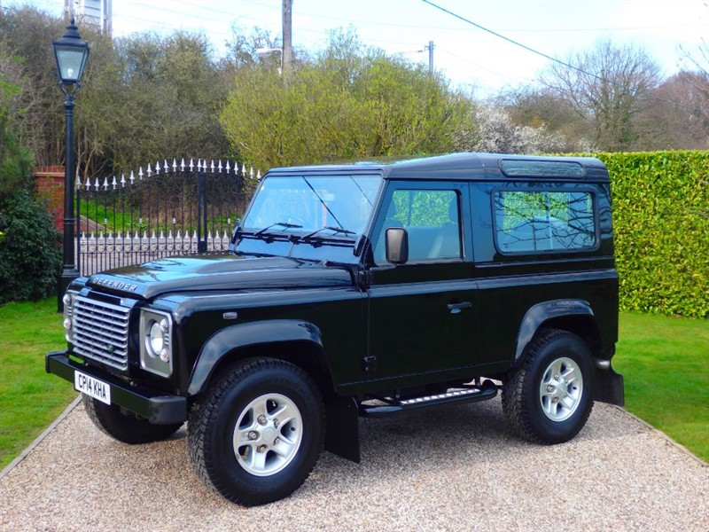 used Land Rover Defender 90 TDCI XS STATION WAGON JUST 16,000 MILES A PRISTINE EXAMPLE in chelmsford-essex