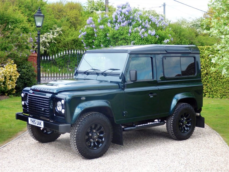 used Land Rover Defender 90 TDCI XS STATION WAGON RARE COLOUR! VAT Q - £29,162 + VAT in chelmsford-essex