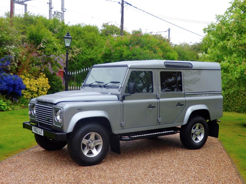 used Land Rover Defender 110 TDCI COUNTY UTILITY WAGON VAT INCLUSIVE - £21,250 + VAT! LOVELY EXAMPLE in chelmsford-essex