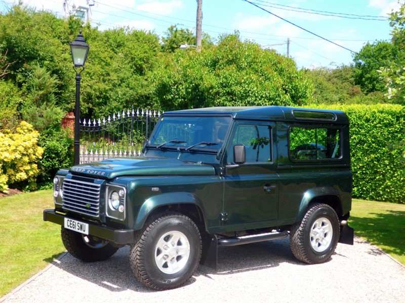 used Land Rover Defender 90 TDCI XS STATION WAGON JUST 29,000 MILES RARE METALLIC GREEN 90 XS! in chelmsford-essex