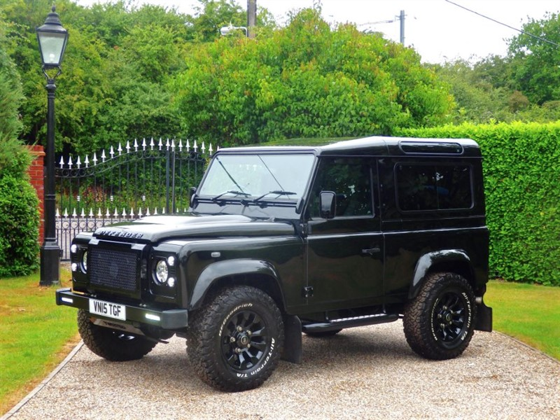used Land Rover Defender 90 TDCI XS STATION WAGON A SUPERB LOOKING EXAMPLE! JUST 12,000 MILES!  in chelmsford-essex